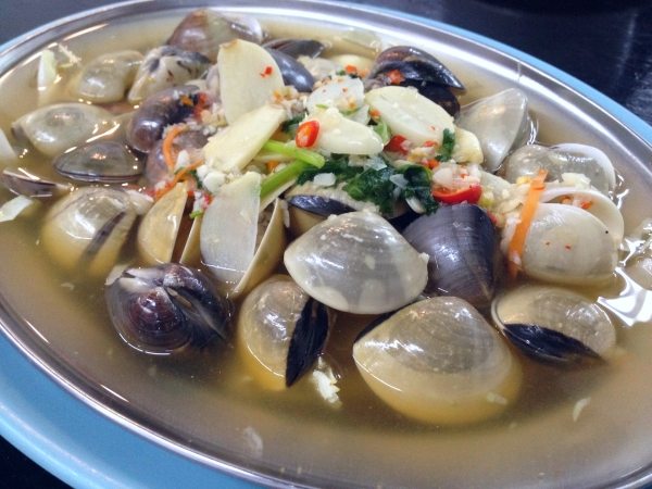 Leong_Kitchen_Clams