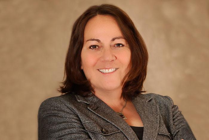 Claudia Mora