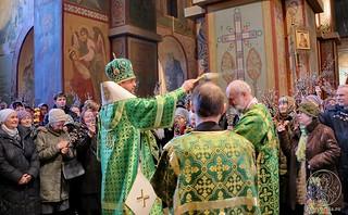 Литургия в Софийском соборе 430