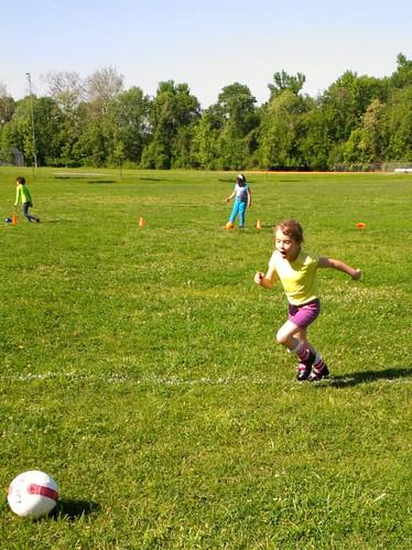 Q7 soccer 2013-05-17 09.35.43