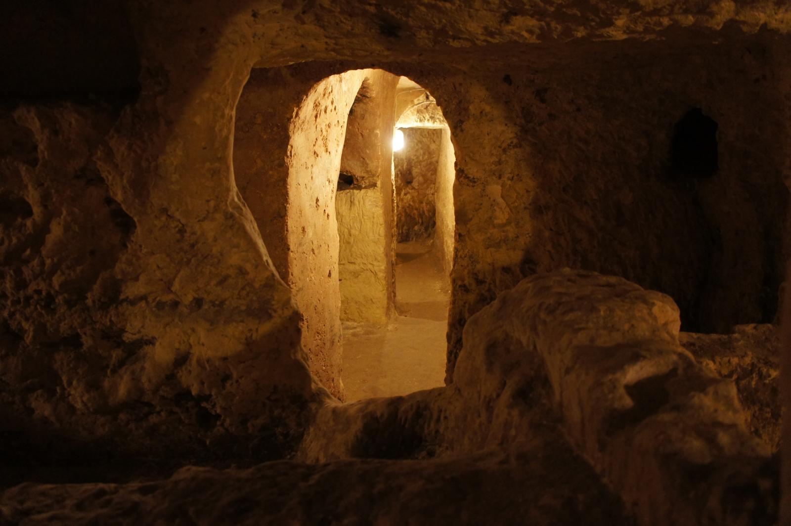 Misteriosas cuevas y subterráneos. Autor, Samuel Santos