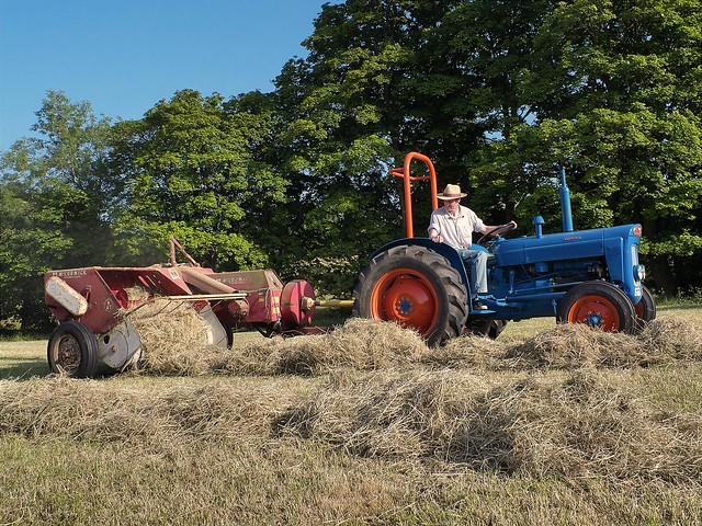 Haymaking DSCF0044 | Flickr - Photo Sharing!