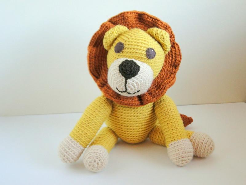 it's a lion!