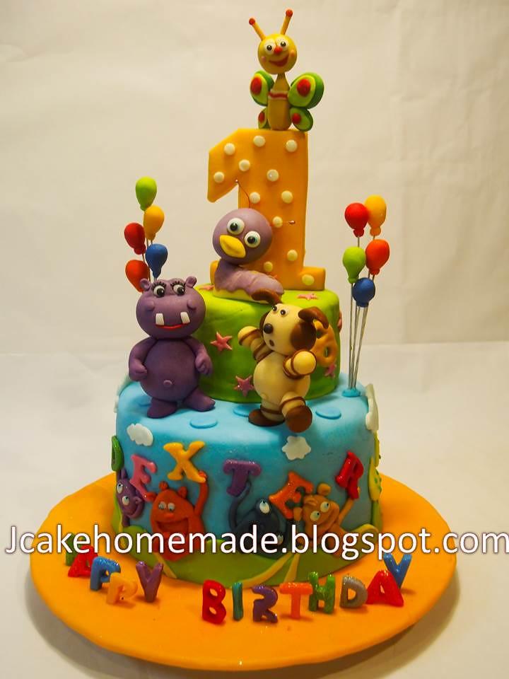 Baby TV birthday cake - a photo on Flickriver