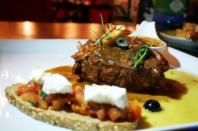 veal - favola italian restaurant - le meridien KL -001