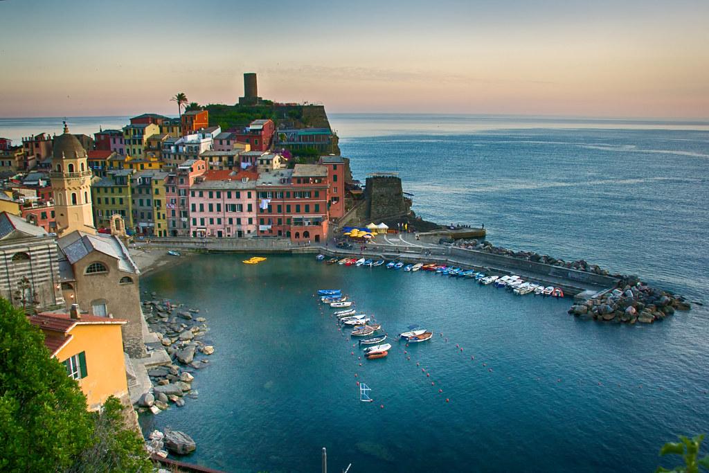 (#2.118) Vernazza, Cinque Terre, Italy [Explore]