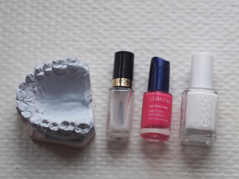 matte nailpolish, pink nailpolish, essie blanc