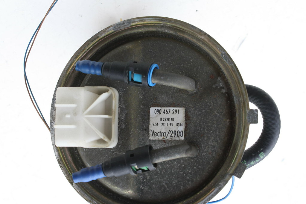 kraftstoffpumpe benzinpumpe mit tankgeber 090467291 opel. Black Bedroom Furniture Sets. Home Design Ideas