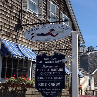 Salt water taffy galore #maine #perkinscove