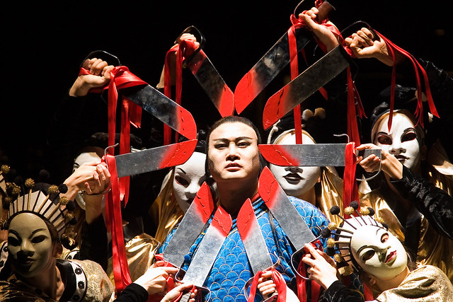 The cast of Turandot © Bill Cooper, 2006