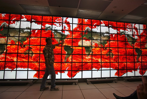 NASA's Hyperwall-2 Quarter-Gigapixel Display