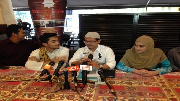 Aeril Zafrel & Wawa Zainal Mengaku Nikah Dua Kali