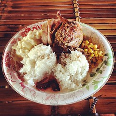 I don't post food pix typically but #hulihulichicken at #kokibeach deserves a #shoutout #tendollah #platelunch #maui #ono