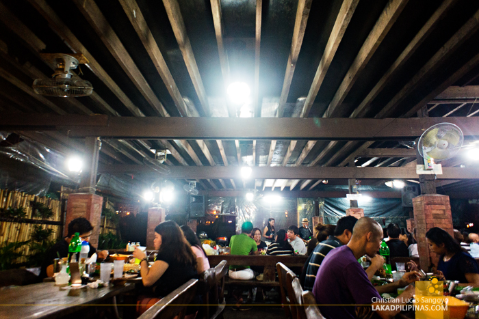 Al Fresco Dining at Aling Tonya's Seafood Dampa in Macapagal