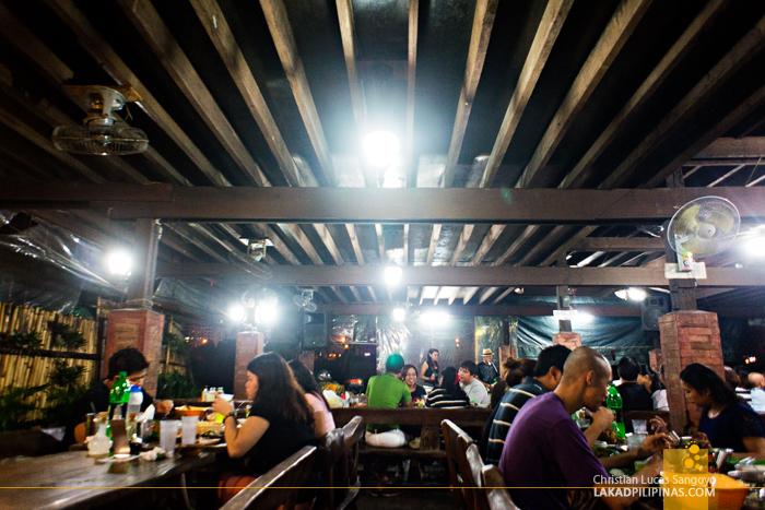 Al Fresco Dining at Aling Tonya's Seafood Dampa in Macapagal
