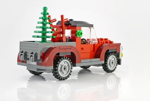 40083 Christmas Tree Truck 11
