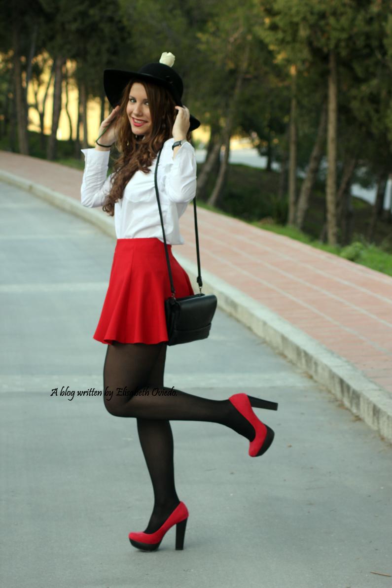 falda-roja-de-vuelo-HEELSANDROSES-(5)
