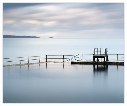 longexposure sea water pool landscape coast things guernsey tidalpool saintpeterport 10stop nd1000 photostyles