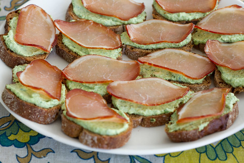 Nami-Nami Easter brunch 2014: Crostini with cured ham and wild garlic ricotta.