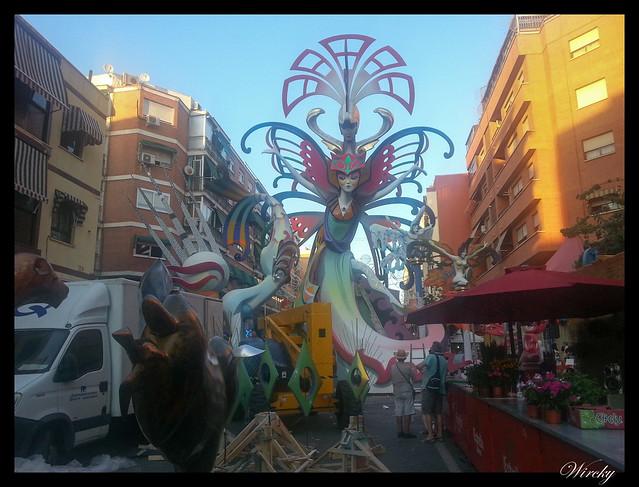 Plantá de Hogueras 2015 en Alicante - Hoguera Carolinas