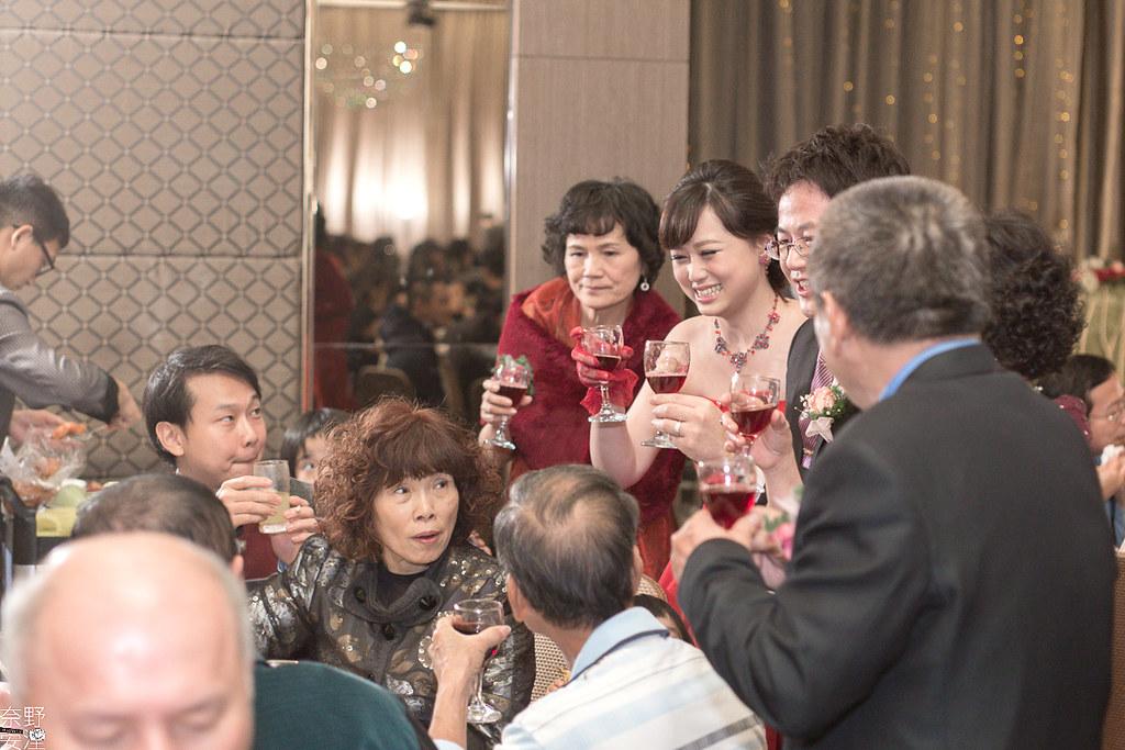 台南婚攝-繼中&佳芸-迎娶午宴 X 東東宴會式場-東嬿廳 (95)
