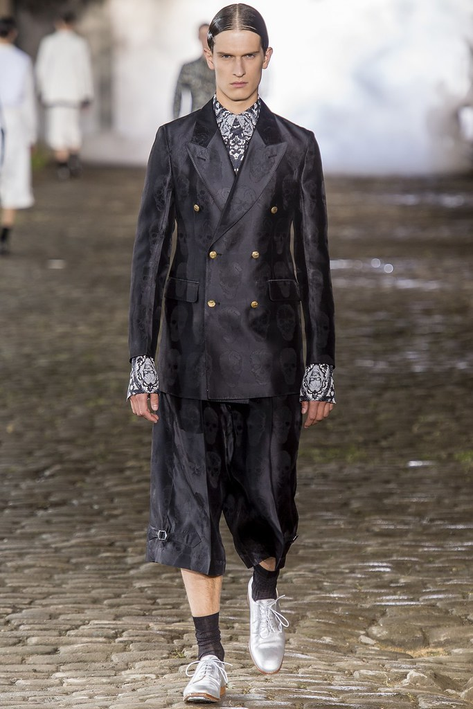 SS14 London Alexander McQueen013_Lars van der Brink(vogue.co.uk)
