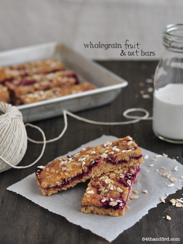 Wholegrain Fruit & Oat Bars