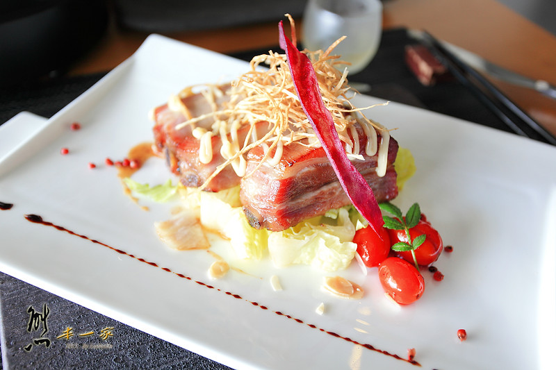 [雲林古坑美食] 華山觀止虫二行館|早午餐~精緻度不減的風味豚骨火鍋|法式豬肋排