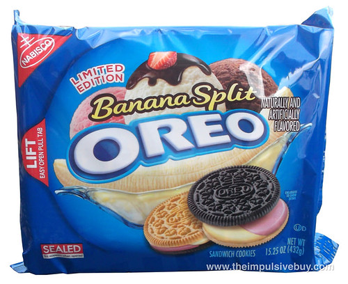 REVIEW: Nabisco Limited Edition Banana Split Oreo - The ...