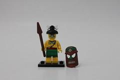 LEGO Collectible Minifigures Series 11 (71002) - Island Warrior