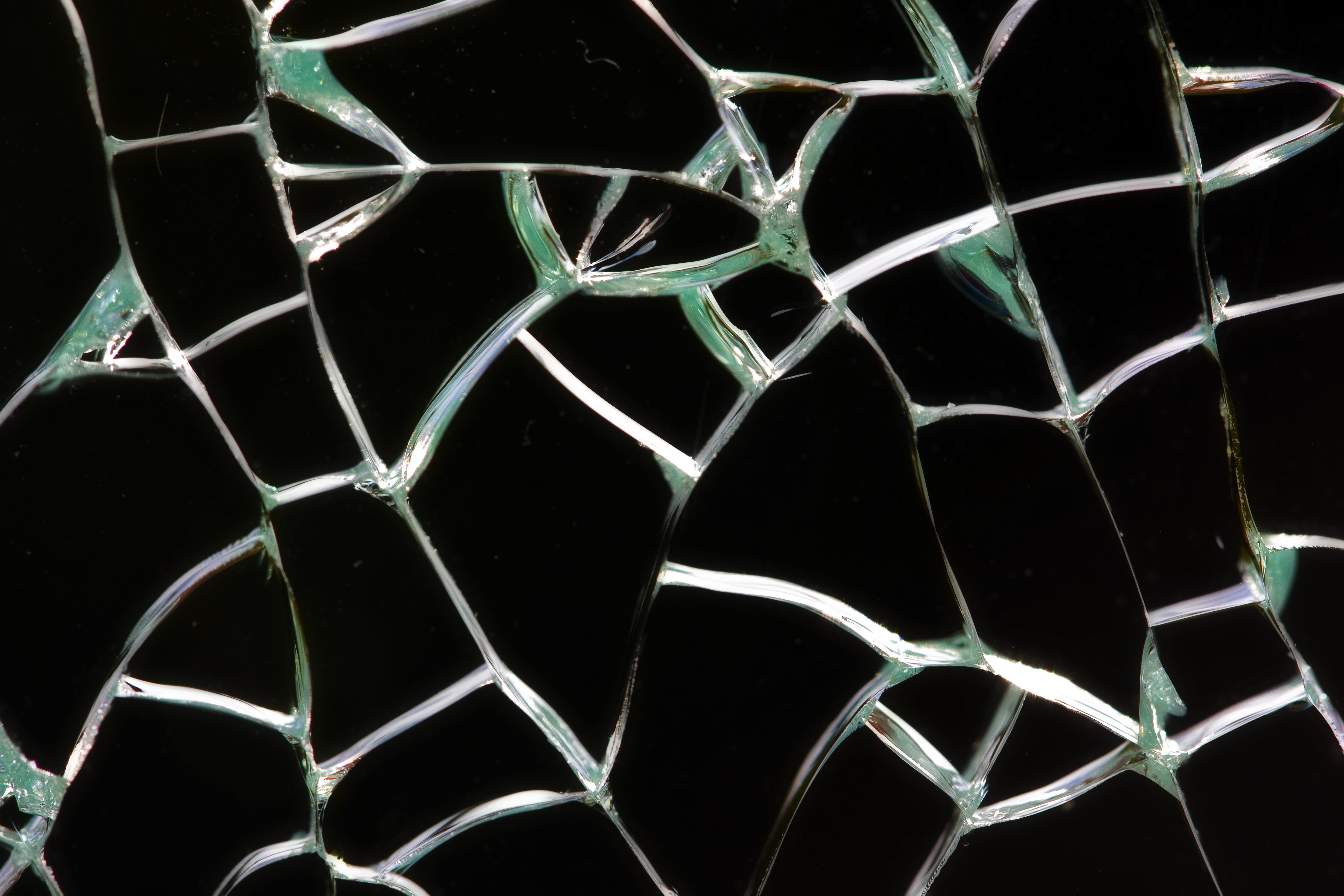 Amber 39 s little crafts broken glass for Broken glass crafts