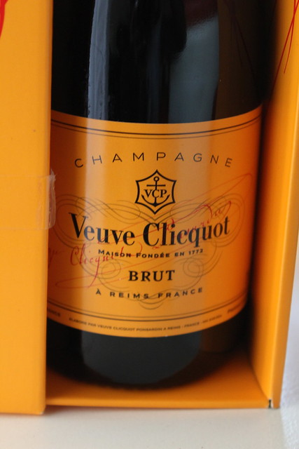 Veuve Clicquot fashionably clicquot lisforlois