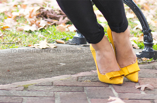Zara mustard bow pumps