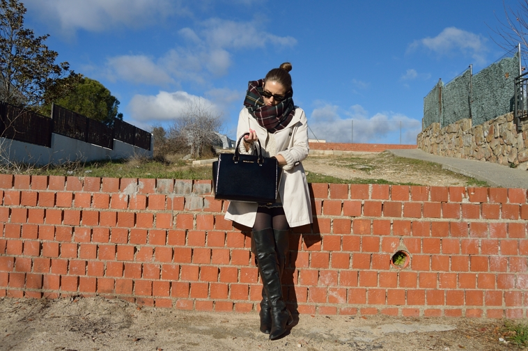 lara-vazquez-madlula-fashion-style-personal-look-chic-classic