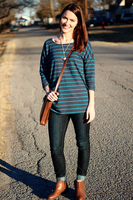 striped-sweatshirt-and-jeans-1