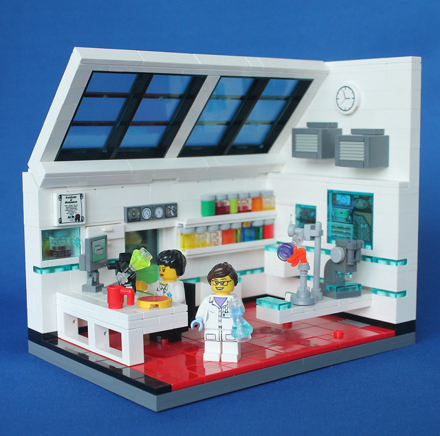 Minifig Challenge #3 Science Lab