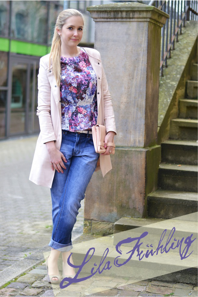 Outfit lila Blumen Lana del Ray Banner