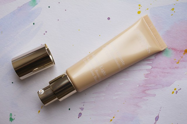 04 Clarins Opalescence Spring 2014 Makeup Collection   Instant Light Radiance Boosting Complexion Base #02 Champagne
