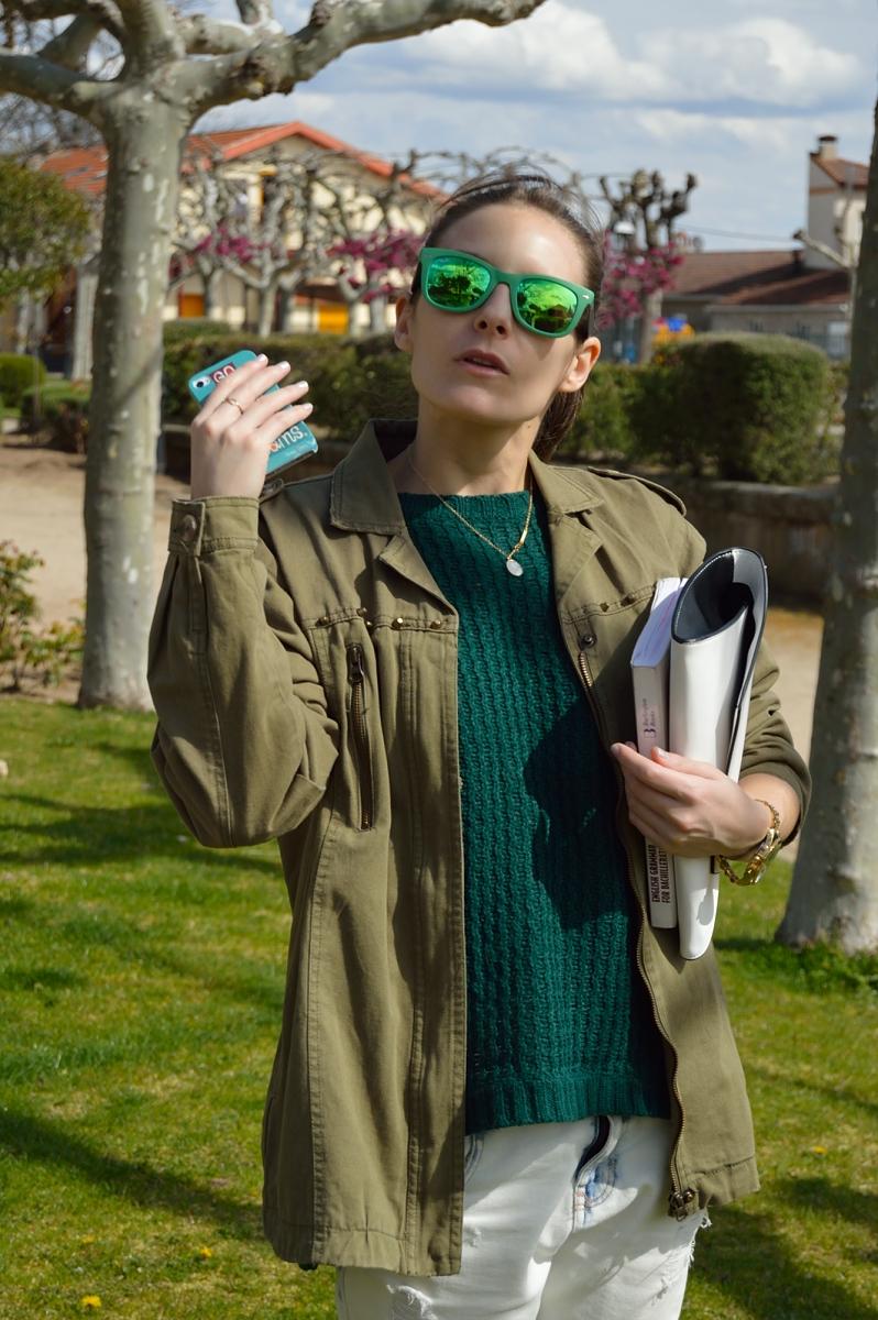 lara-vazquez-madlulablog-style-green-outfit-shades
