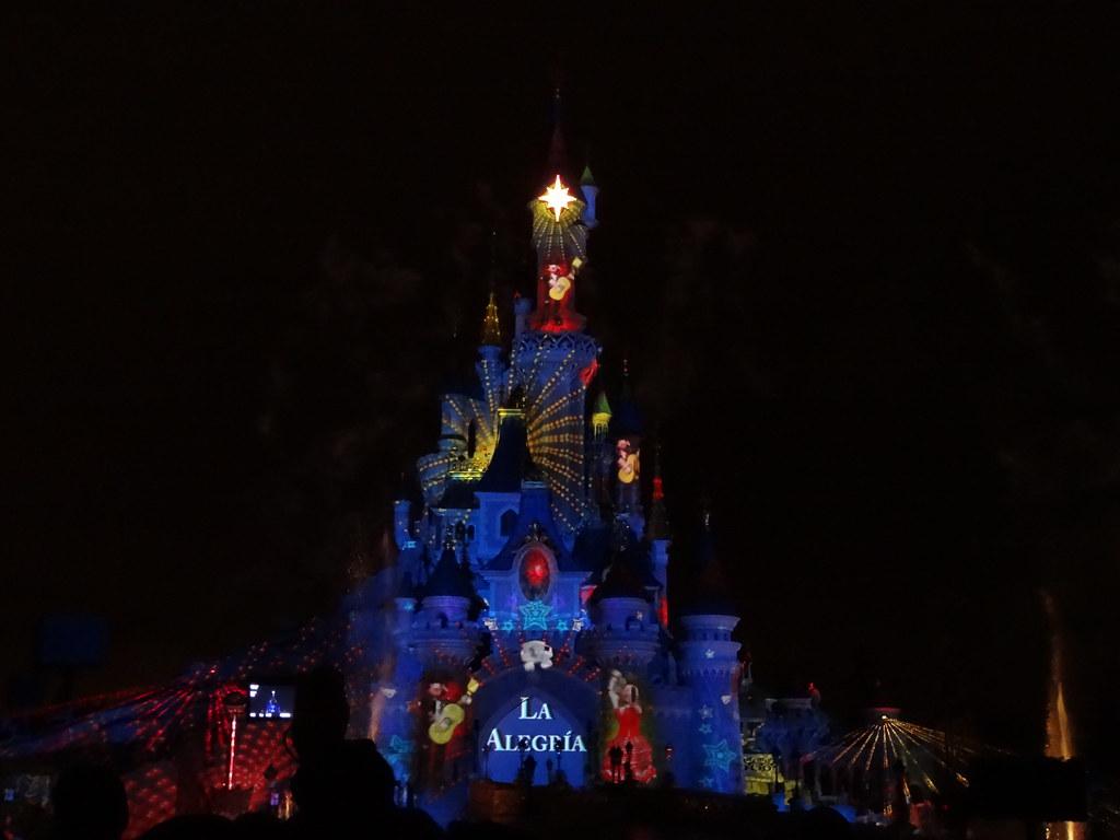 Un séjour pour la Noël à Disneyland et au Royaume d'Arendelle.... - Page 4 13709718915_b4159ff163_b