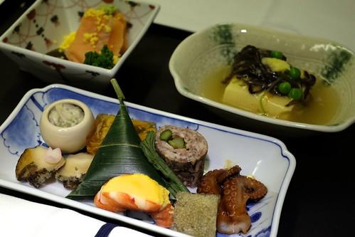 Appetizer at ANA NRT-SFO produced by Sottaku, 銀座 懐石料理「馳走 啐啄」