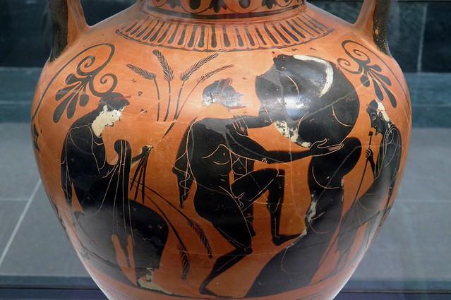 Attic Black Figured amphora depicting the punishment of Sisyphus in Hades, Staatliche Antikensammlungen, Munich