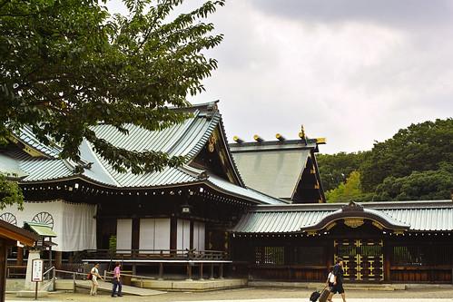 靖国神社社殿 by leicadaisuki