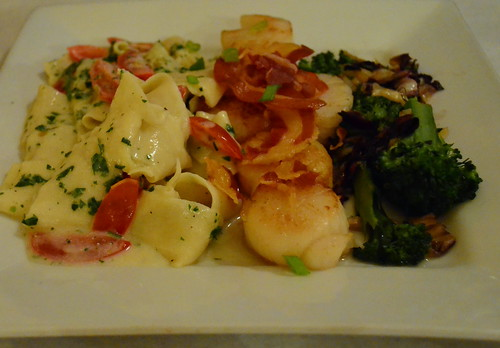 Seared Scallops with Pancetta Cracklings
