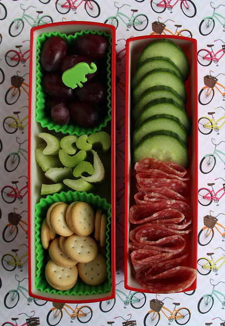 Red and Green preschool Bento #508
