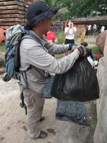 Saving The Mangroves One Litter At A Time Youth Sg