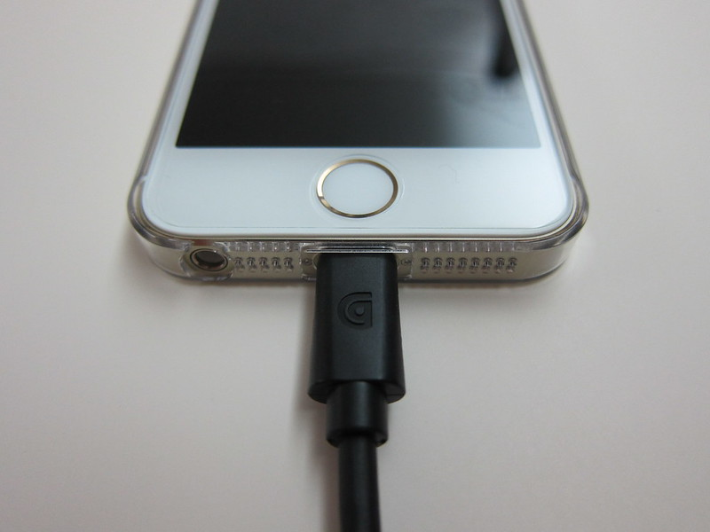Griffin Coiled USB-to-Lightning Cable -  Plugged Into iPhone 5s