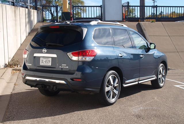 2013 Nissan Pathfinder Platinum 4WD