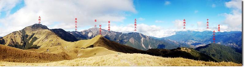 油婆蘭山遠眺東北群山