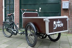 Cafe Brecht Workcycles Bakfiets 1
